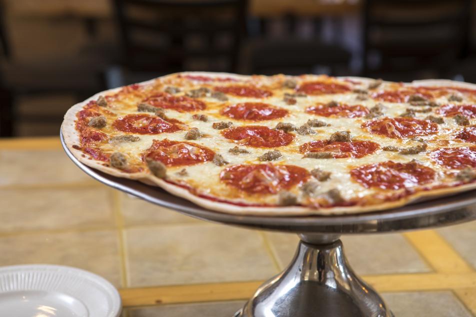 ParkView Lodge pizza